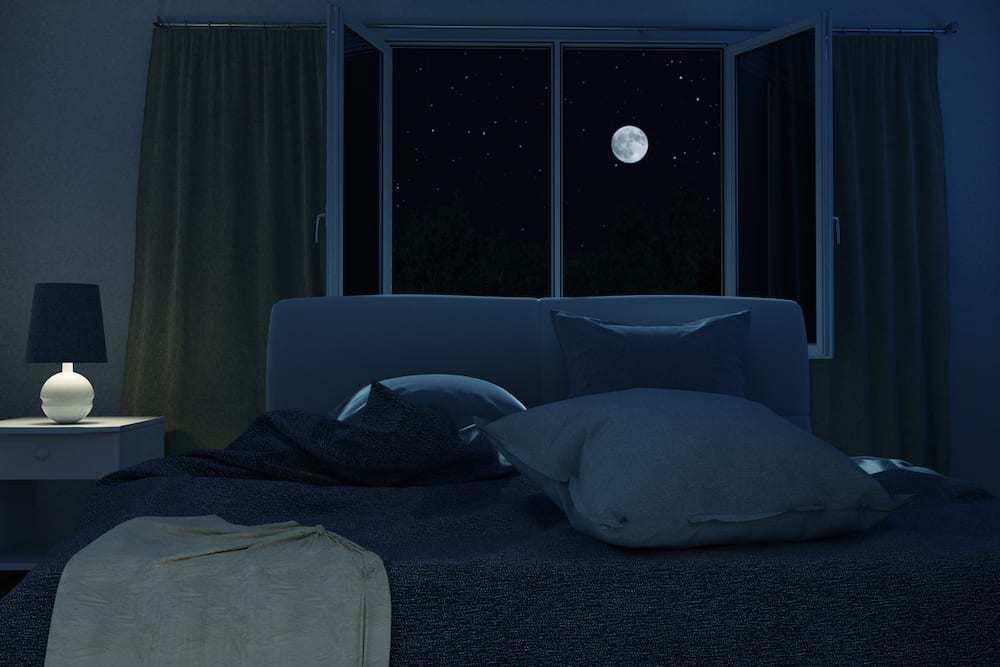 Dark Bedroom Is Key For The Sleep Habits of Tom Brady - Football Champ