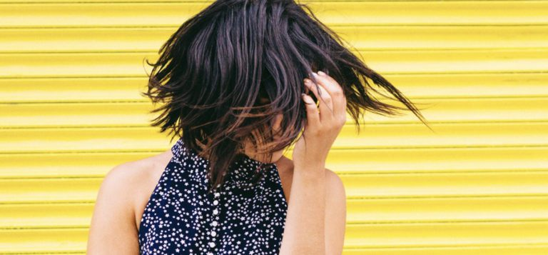 8 Summer Hairstyling Tips To Make You Look Like You Have Bedhead